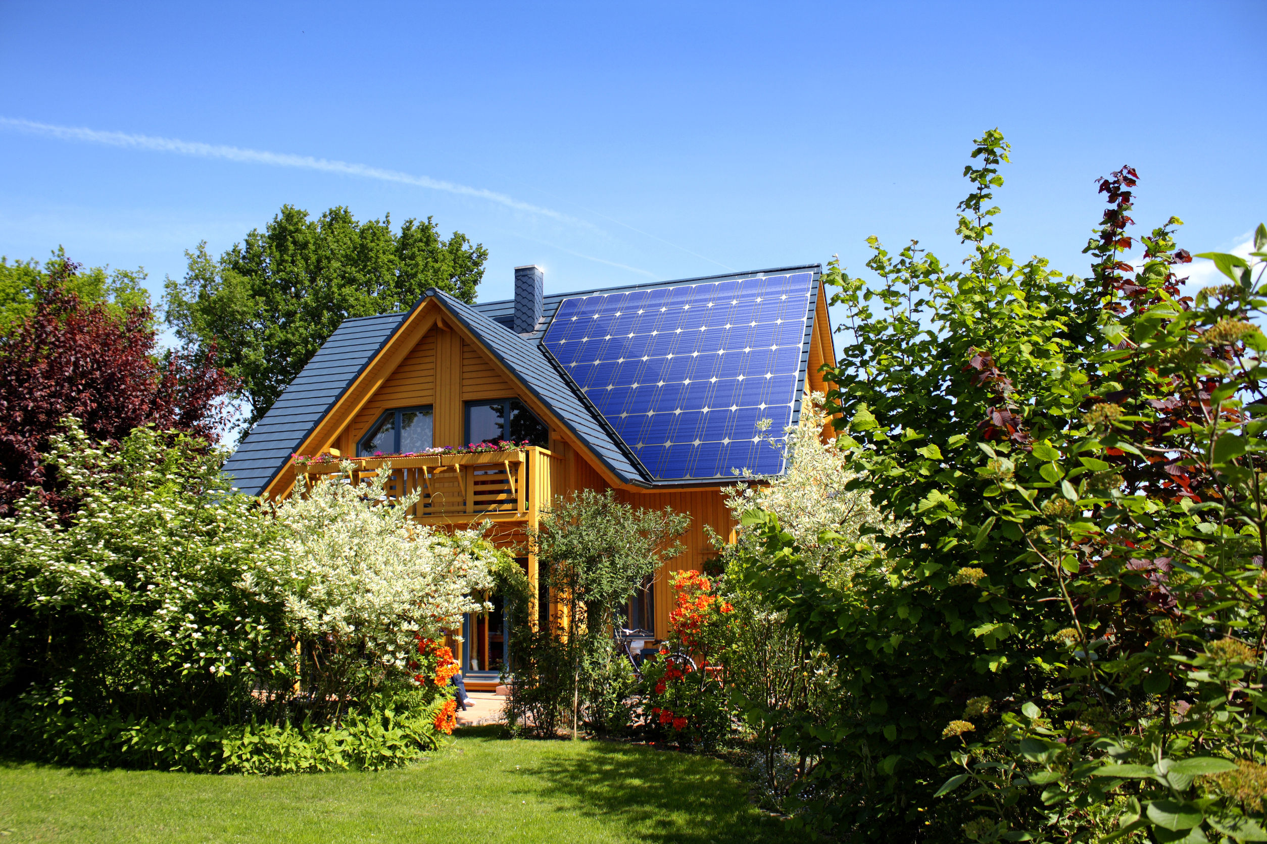 Hybrid Renewable Energy for the Home of the Future