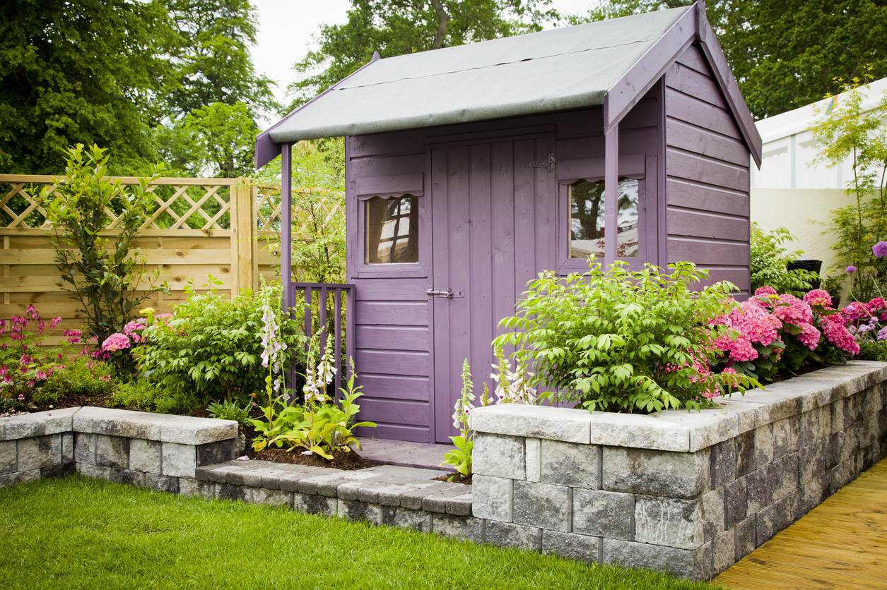 Simple ideas to style your garden shed