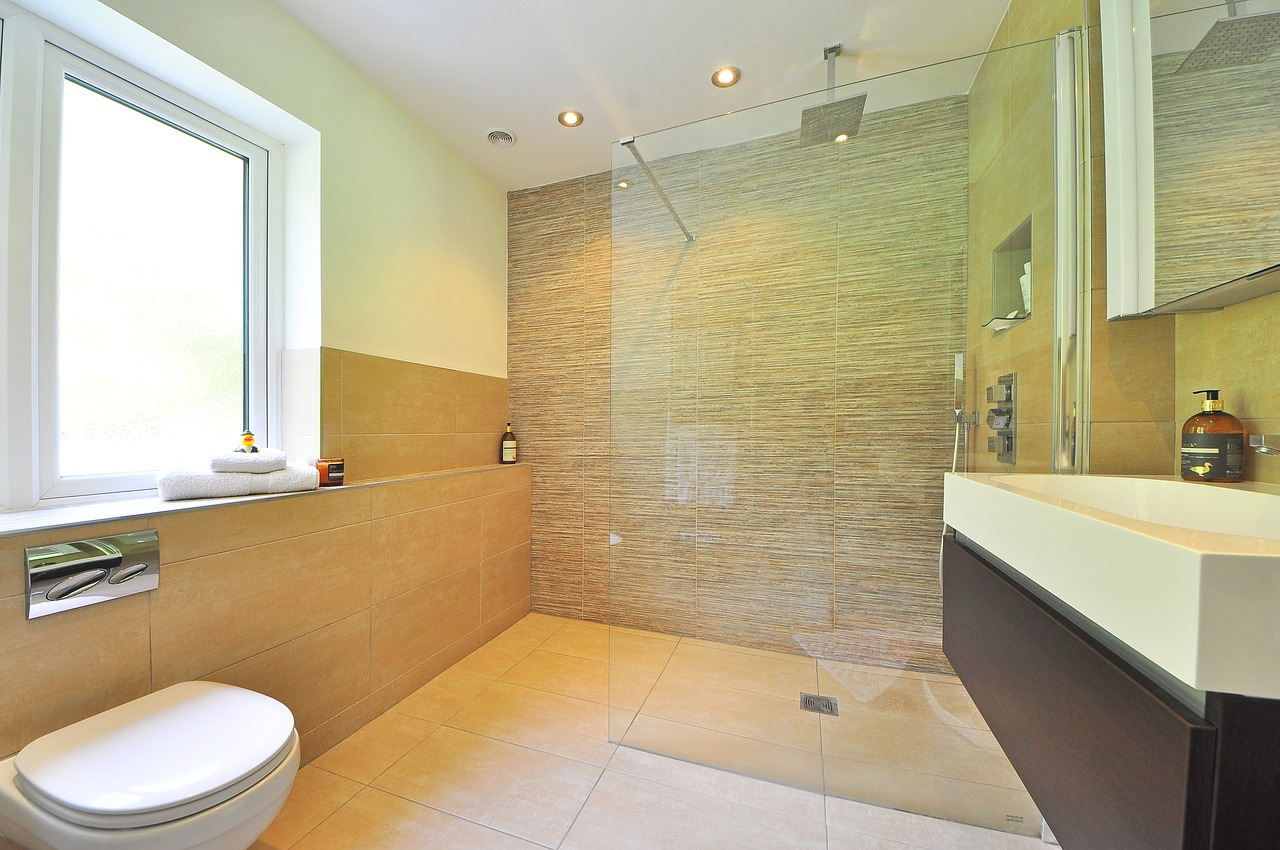 Know about the various features of shower panels before purchasing one