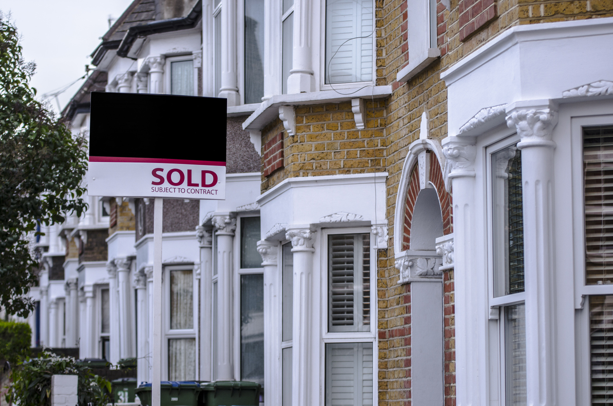 Downsizing Your Home – How to Ensure Your Move Day Goes Smoothly