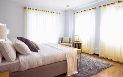 What to Choose: Curtains or Blinds?