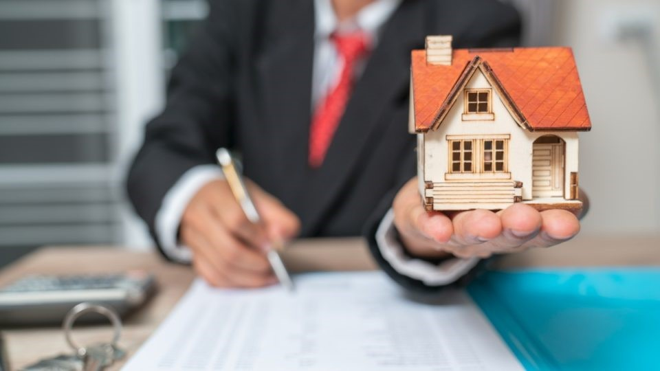 Mortgage Brokers: Questions You Should Ask Before Using One